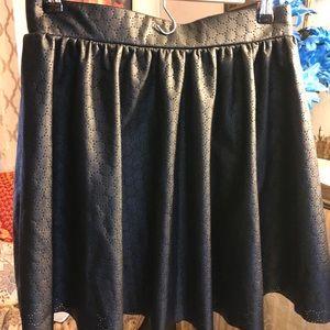 Bisou Bisou black leather skirt